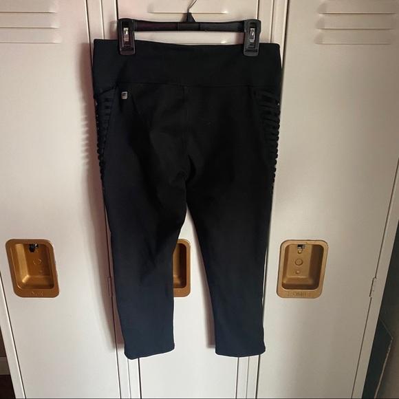 Fabletics black leggings size small.